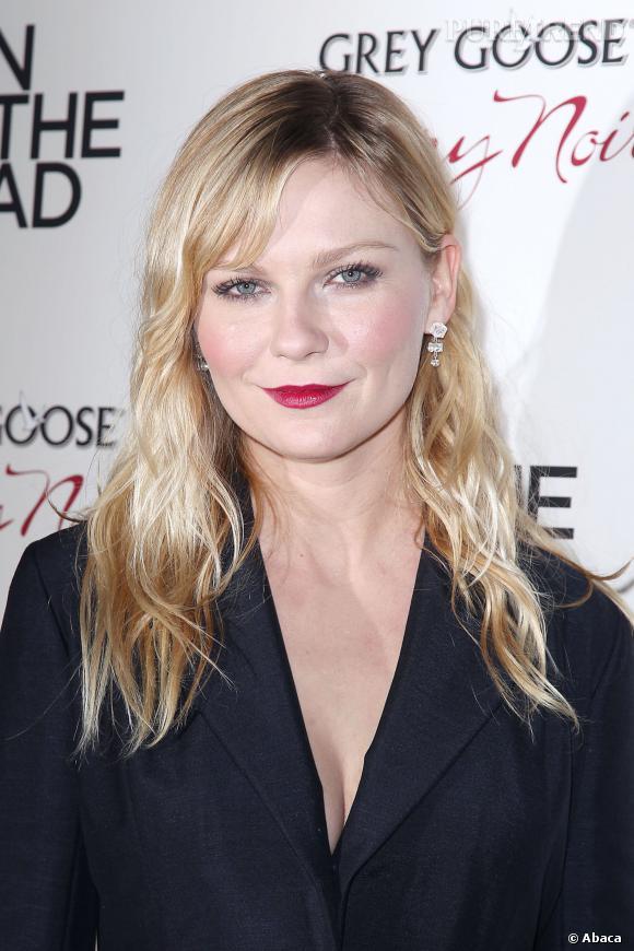 Kirsten Dunst, breauté glaciale pas vraiment réputée pour son sex appeal mais plus pour son élégance et son sens du style.