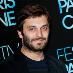 """Pio Marmaï à la première du film """"Je Me Suis Fait Tout Petit"""" en juillet 2012."""