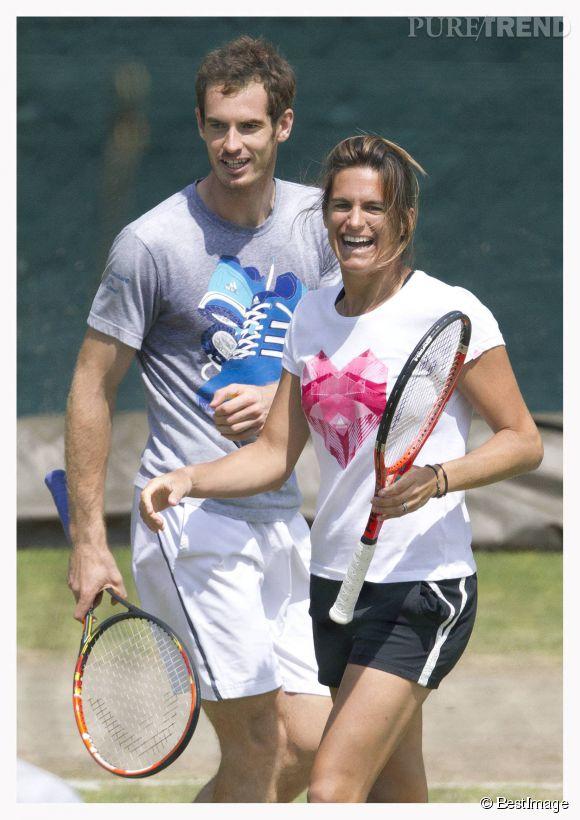 Entre Amélie Mauresmo et Andy Murray, le courant passe très bien à Wimbledon, mardi 1er juillet 2014.