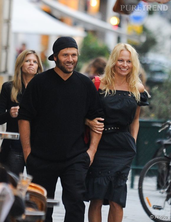 Pamela Anderson et Rick Salomon divorcent pour la 2ème fois.