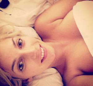Nadège Lacroix : tournage et selfie en bikini pour la nouvelle Hollywood Girl