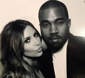 Kim Kardashian, comme une ado timide pour embrasser Kanye dans un ascenseur