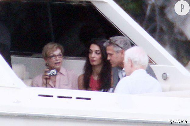 Amal Alamuddin et George Clooney, en famille.