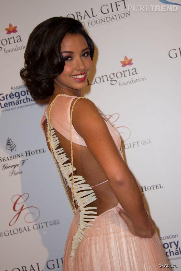 Flora Coquerel poste des photos d'elle en Nouvelle-Calédonie. Notre Miss France est-elle un peu sadique ?