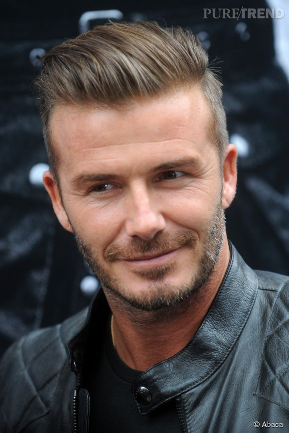 Super David Beckham poursuit l'incursion dans la mode. Après H&M, il  DM02