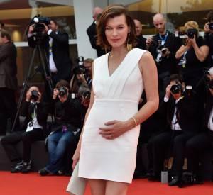 Milla Jovovich aussi a récemment confirmé sa grossesse.
