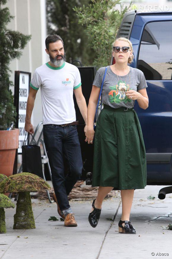 Busy Philipps, parfaitement associée à son homme, Marc Silverstein, à Los Angeles ce vendredi 31 octobre.