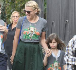 Busy Philipps s'est-elle inspirée du look de sa fille, Birdie ?