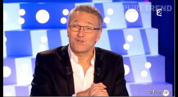 """Laurent Ruquier est au regret d'annoncer à Aymeric Caron que l'animatrice qu'il  """"vénérait""""  est décédée, sur le plateau de """"On n'est pas couché""""."""