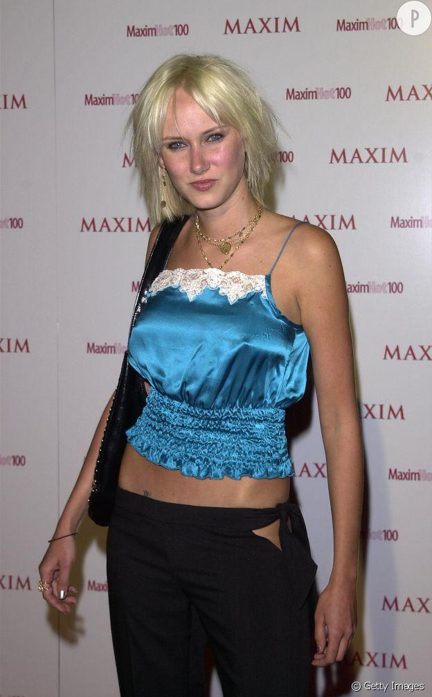 Kimberly Stewart seins 2001