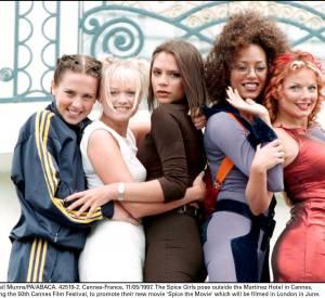 Mel C, Emma, Victoria, Mel B et Ginger, les Spice Girls en 1997.