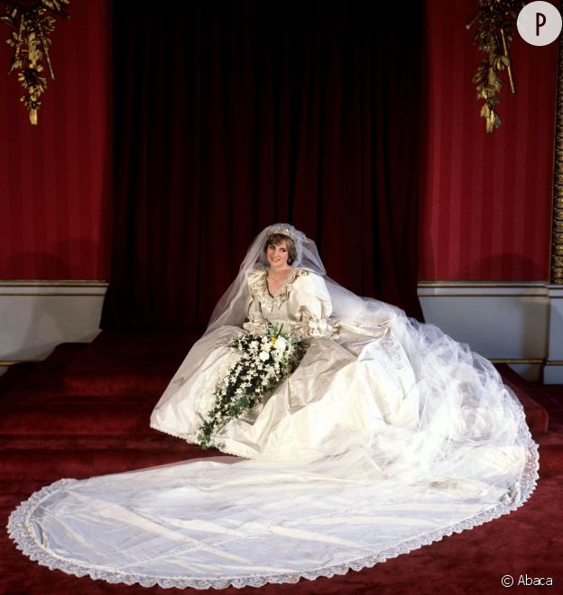 Lady Di Kate Middleton Les 20 Plus Belles Robes De