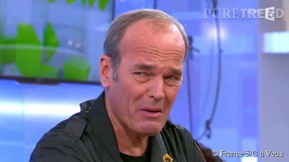 """Laurent Baffie ne cache pas du tout son dégoût pour le vin, lors de son passage dans """"C à vous"""" sur France 5 ce lundi 17 novembre 2014."""