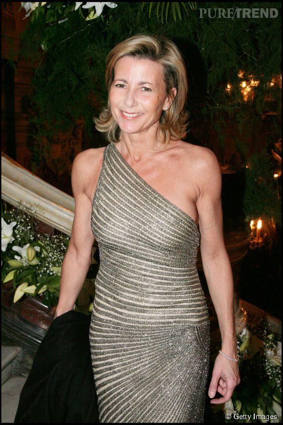Claire Chazal, sexy à souhait dans sa robe asymétrique. Un cliché pris en 2007. Depuis, la journaliste n'a rien perdu de son sex-appeal, bien au contraire.
