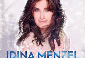 """Calendrier de l'avent J-6 : l'album de Noël """"Holiday Wishes"""" d'Idina Menzel"""