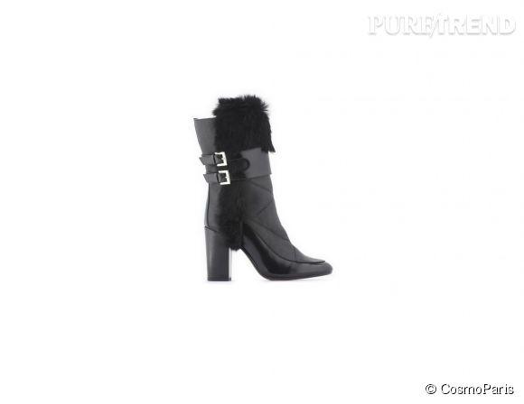 CosmoParis    Bottes Suzia en cuir et fourrure, 270€.