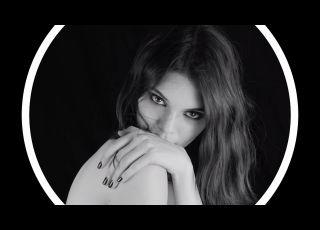 Kendall Jenner, magnifique dans le nouveau spot Estée Lauder (vidéo)