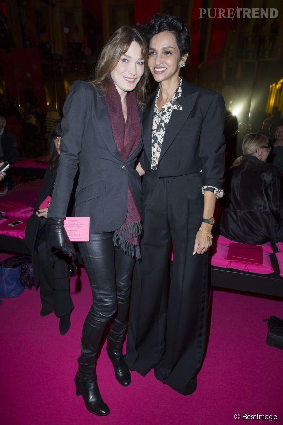Carla Bruni a passé un petit instant avec l'une de ses amies les plus proches, l'ancien top Farida Khelfa.