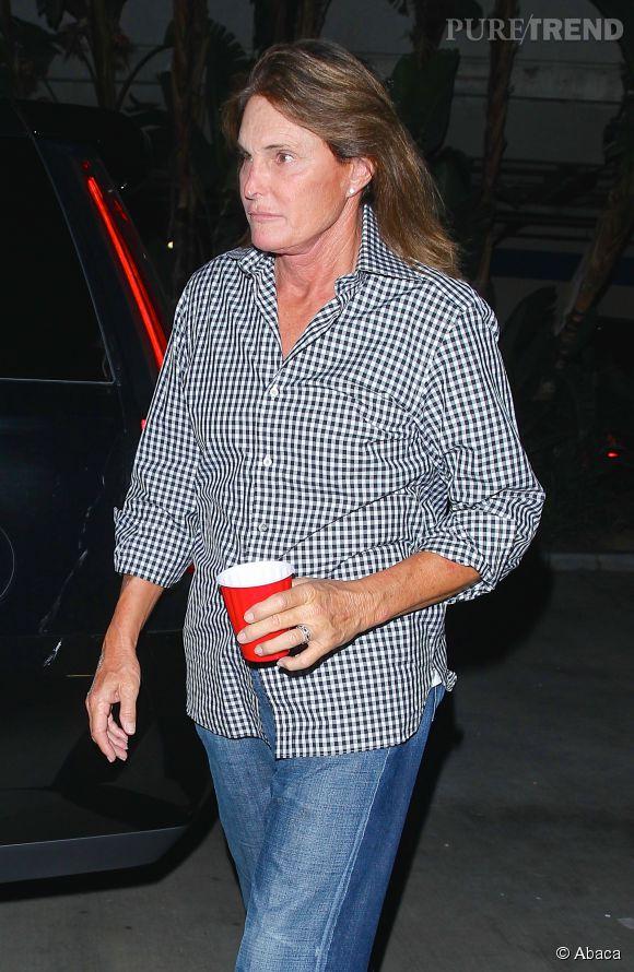 Bruce Jenner se transforme bel et bien en femme, ce n'est plus une rumeur.