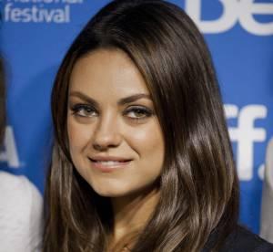"""Mila Kunis : """"Ashton est roi dans l'art de changer les couches"""""""