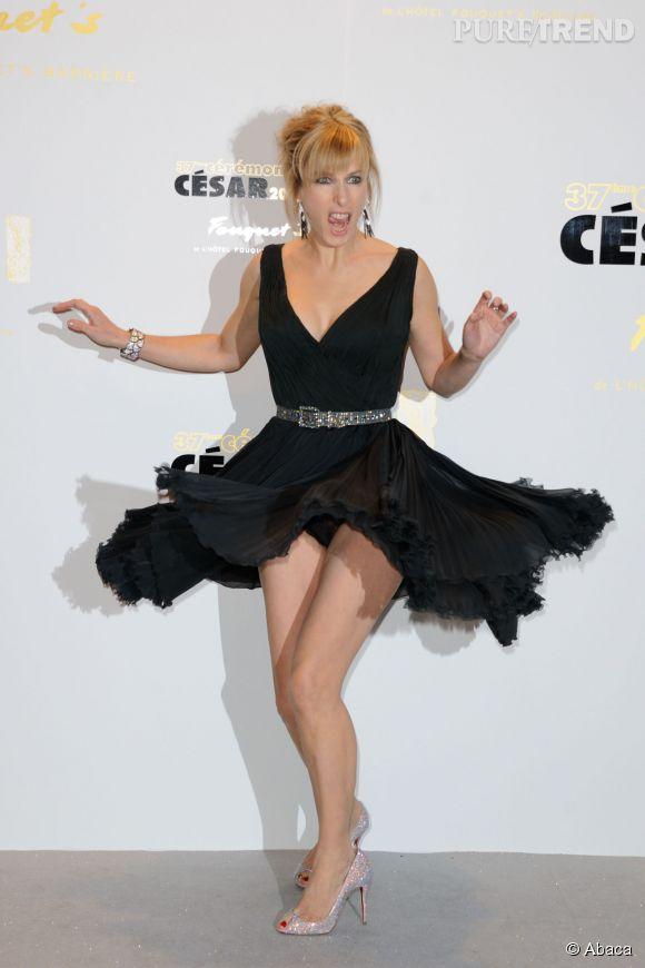 Karin Viard aux César 2012 joue les Marilyn Monroe.