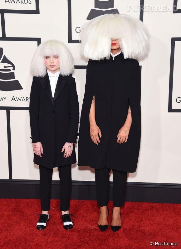 """La chanteuse Sia ne souhaite plus montrer son visage et la danseuse de son clip """"Chandelier"""", Maddie Ziegler, est désormais chargée de l'incarner. Vous avez dit bizarre ?"""