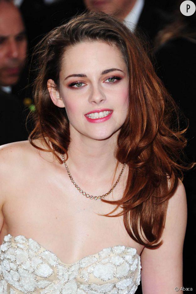 On espère que pour 500 000 dollars, elle a fait un sourire plus convaincant.