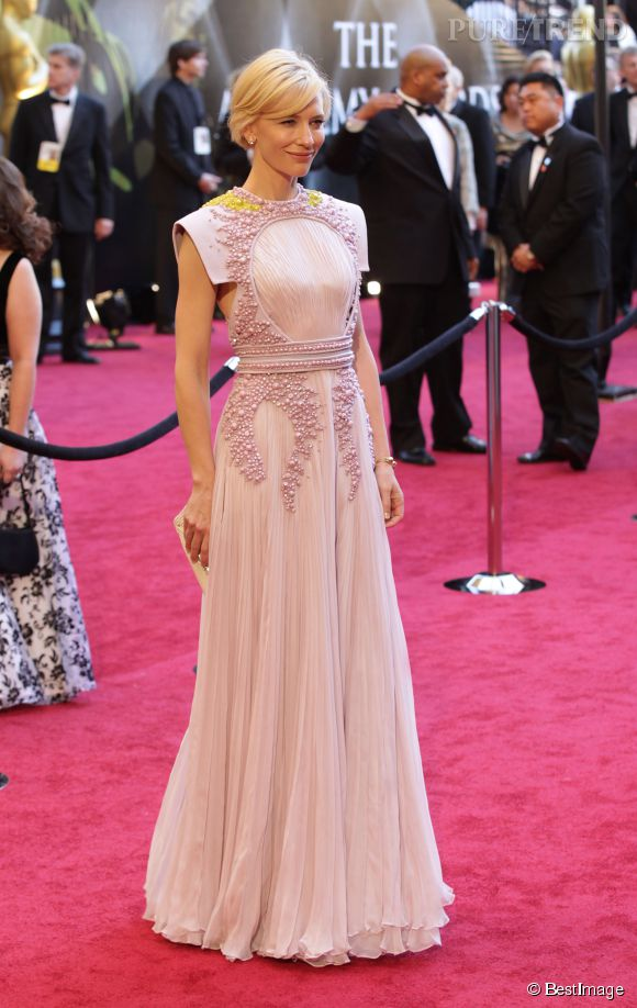 Cate Blanchett en Givenchy Couture lors des Oscars 2011.