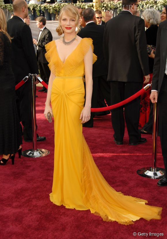Michelle Williams en Vera Wang lors des Oscars 2006.