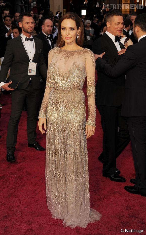 Angelina Jolie en Elie Saab Couture lors des Oscars 2014.