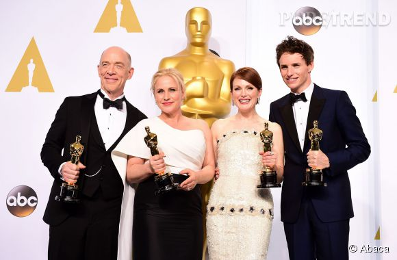 """Oscars 2015 : Eddie Redmayne, Meilleur Acteur pour """"Une merveilleuse histoire du temps"""" et Julianne Moore, Meilleure Actrice pour """"Still Alice""""."""