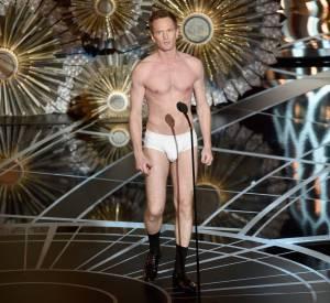 Oscars 2015 : Neil Patrick Harris, maître de cérémonie de cette 87ème édition, termine en slip sur scène.