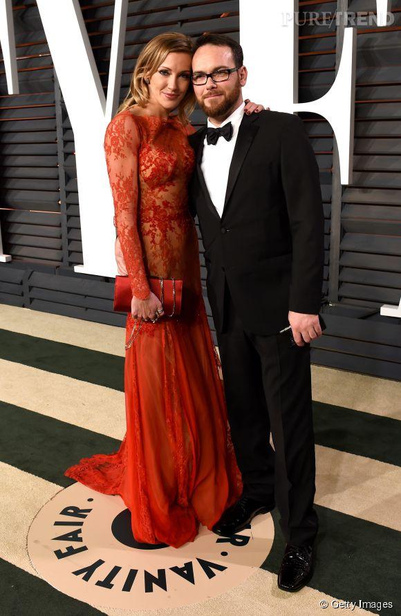 Katie Cassidy en Zuhair Murad et Dana Brunetti lors de la soirée post Oscars organisée par  Vanity Fair  le 22 février 2015 à Los Angeles.