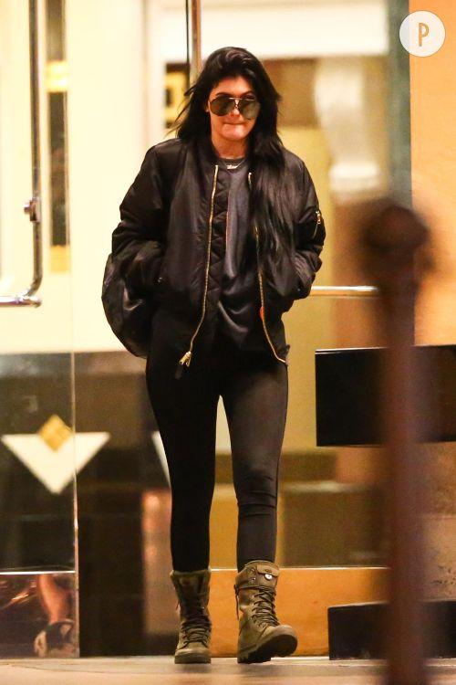 Kylie Jenner, son look de garçon manqué à copier.
