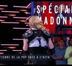 L'étreinte de Madonna et Luz, dessinateur de Charlie Hebdo, fait le tour de la Toile et crée l'émotion (18ème minute).