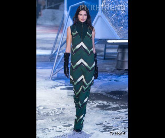 Défilé H&M Studio Automne-Hiver 2015/2016. Kendall Jenner, guest star du show.