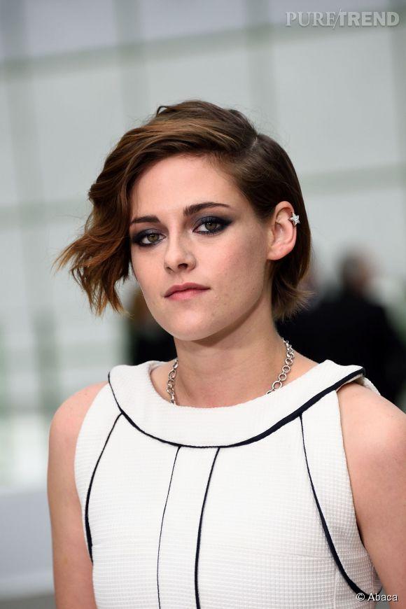 """La carrière de Kristen Stewart semble être au top, malgré son éviction du tournage du second opus de """"Blanche-Neige et le chasseur""""."""