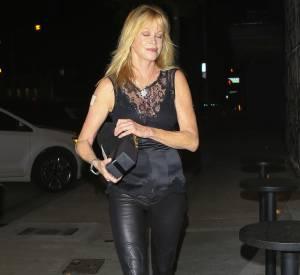 À 57 ans, l'actrice affiche toujours une bien jolie silhouette.