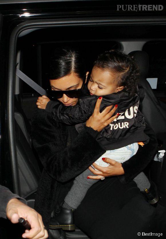 North West, l'accessoire préféré de Kim Kardashian.