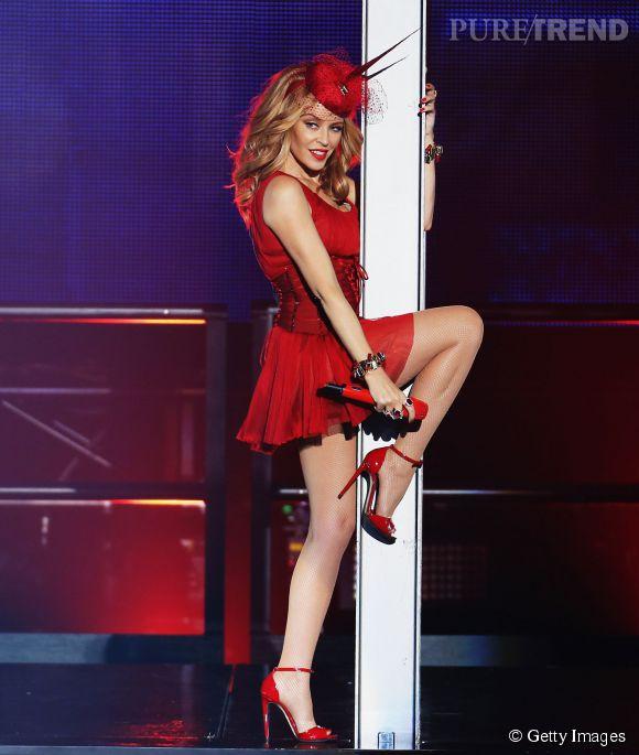 Kylie Minogue a beaucoup levé les jambes à l'occasion de son concert à Sydney, vendredi 20 mars 2015.