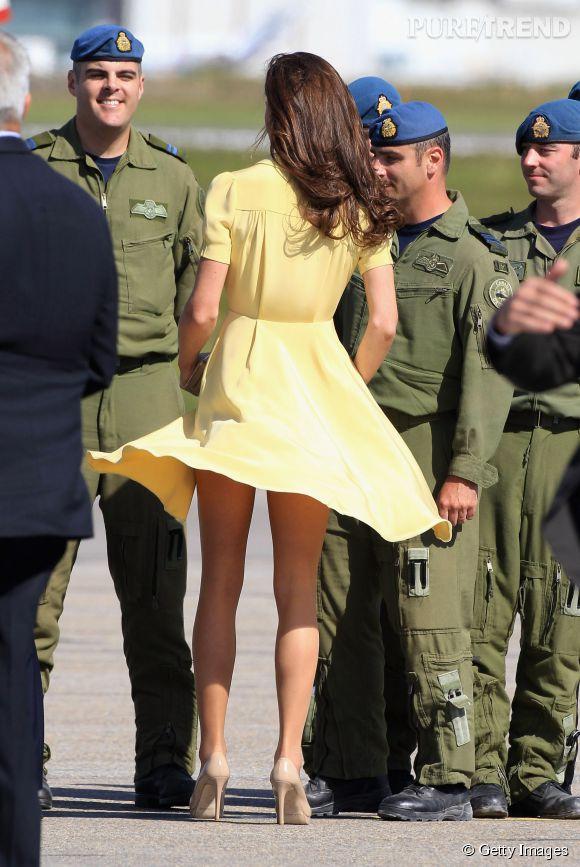 Le vent a aussi joué des tours à Kate Middleton pendant sa visite en Australie en avril 2014.
