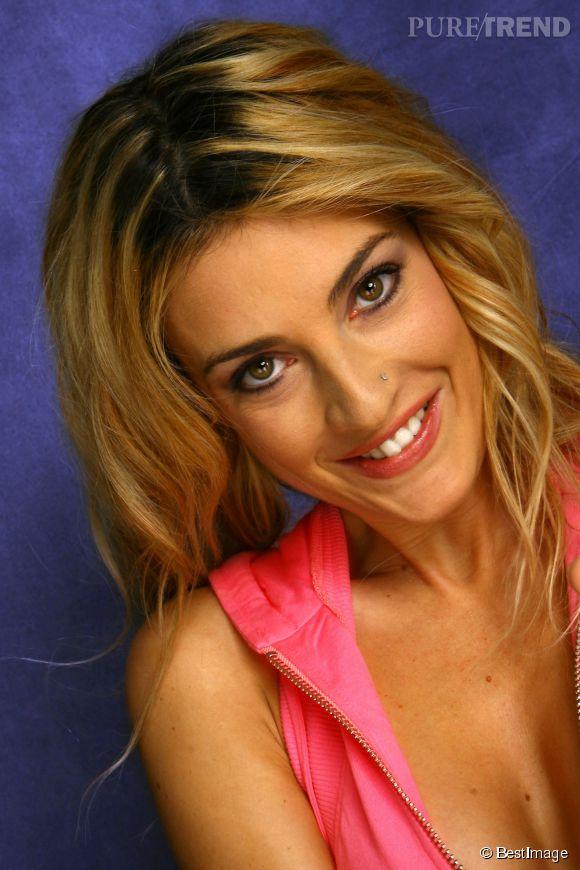 """Eve Angeli a participé à """"La ferme célébrités"""" en 2004 pour relancer un peu sa carrière."""