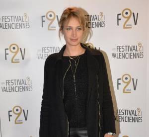 Pauline Lefèvre : pantalon de cuir et look rock'n'roll... À shopper !