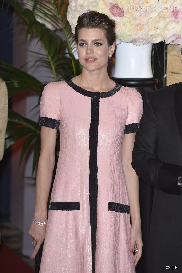 Charlotte Casiraghi, rayonnante en robe Chanel pour le Bal de la rose.