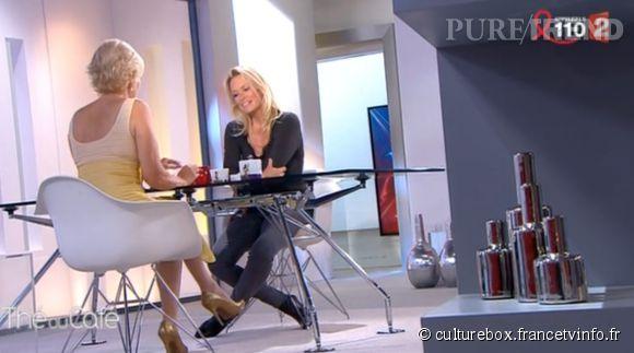 """Estelle Lefébure et Catherine Ceylac sur le plateau de """"Thé ou Café"""" sur  France 2  ce samedi 28 mars 2015."""