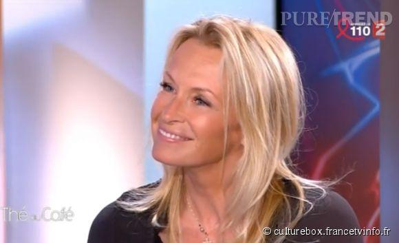 """Estelle Lefébure, invitée de """"Thé ou Café"""" sur France 2 ce samedi 28 mars 2015."""