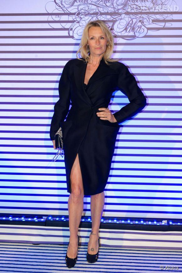 Estelle Lefébure à la soirée d'inauguration de l'exposition Jean-Paul Gaultier au Grand Palais à Paris le 30 mars 2015.