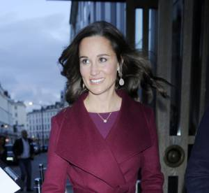 Pippa Middleton : joli comme un coeur dans son manteau fuchsia