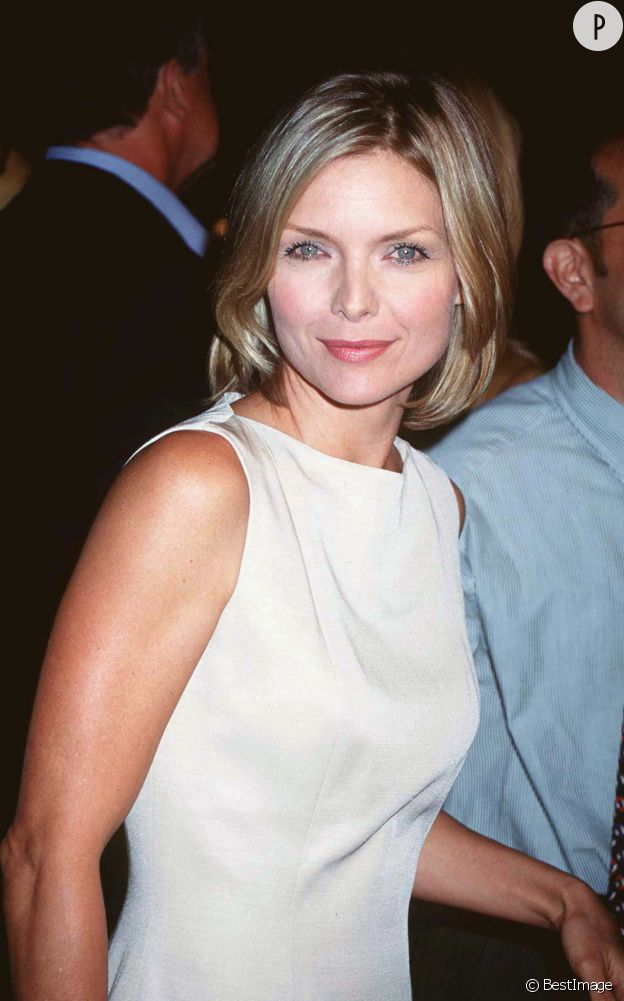 """Michelle Pfeiffer à la première de """"Secrets"""", en 1997."""