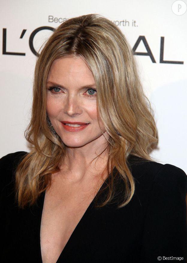 Michelle Pfeiffer au 18e hommage annuel des femmes d'Hollywood organisé par le magazine ELLE en 2011.